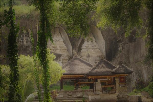 gunung kawi 2.jpg
