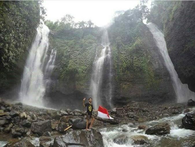 sekumpul waterfall, www.balilocaltouruide.com.jpg