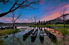 tamblingan lake.jpg
