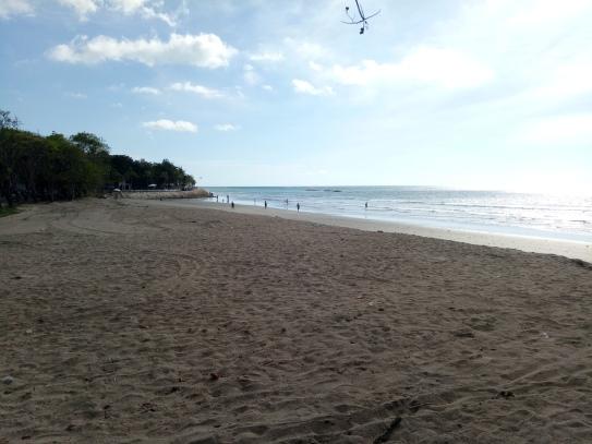 kuta-beachwww-balilocaltourguide-com
