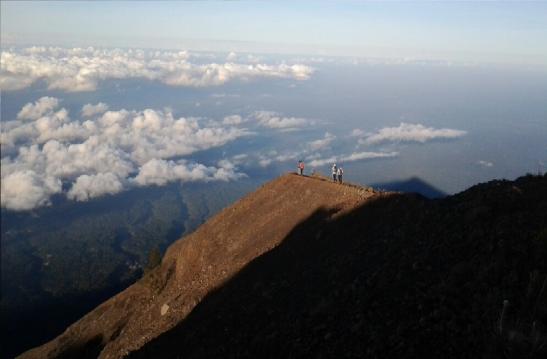mount-agung-volcano-trekking-tour