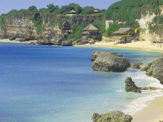 bingin beach,www.balilocaltourguide.com