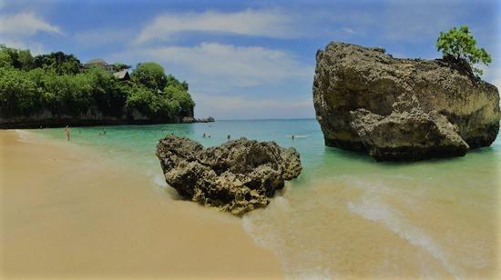 padang padang beach,www.balilocaltourguide.com.jpg