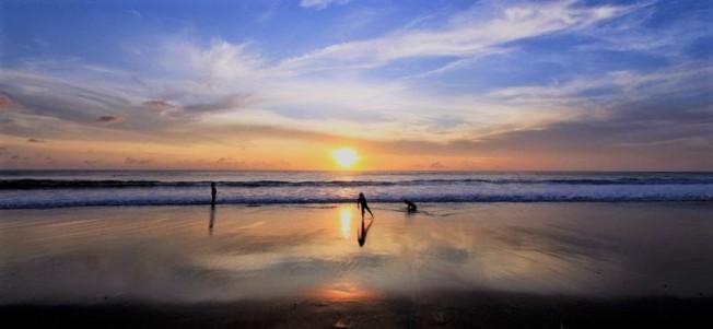 petitenget beach,www.balilocaltourguide.com.jpg